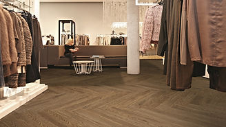 Allura Clothing Store W60063 Waxed Oak.j