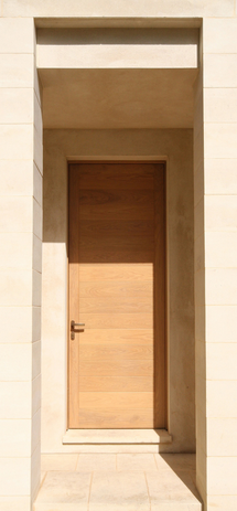 Side entrance door.png