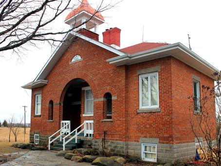 $299,000 Own a Piece of Fenelon Falls History.