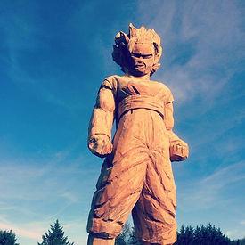 Sangoku sculpture à la tronçonneuse