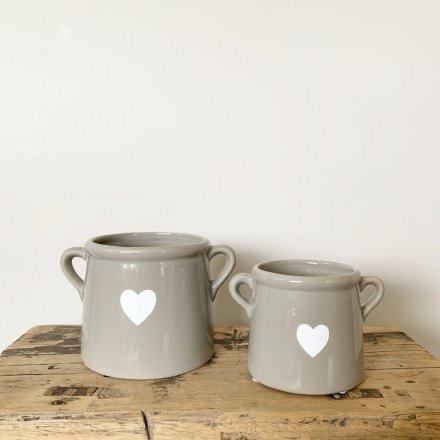 Grey Pot with White Heart 10 cm
