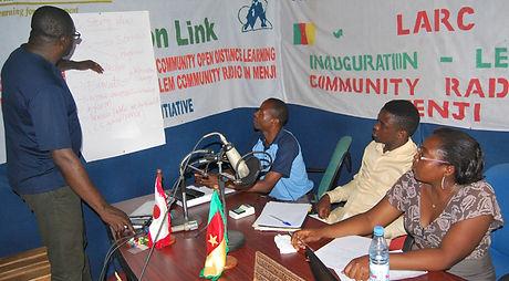 DRP's Eugene Nforngwa mentors radio reporters at Lebialem Community Radio in Menji, Cameroon - 07 December 2015