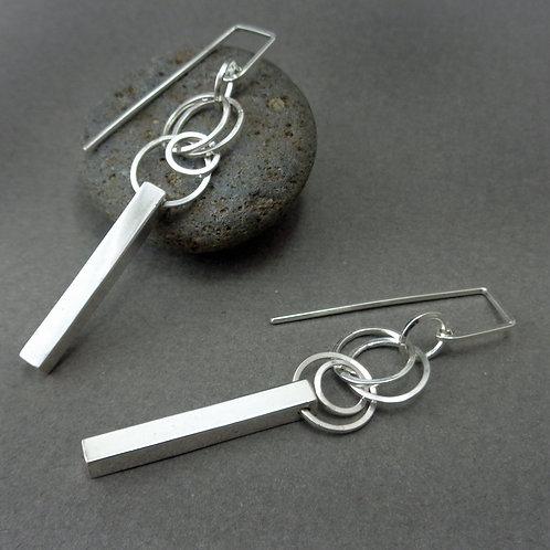 Desian Earrings