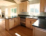 Small but roomy U shaped Kitchen