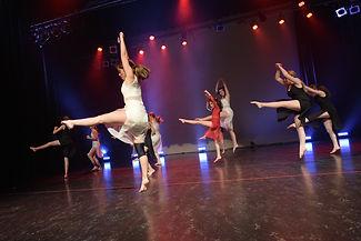 balletAdos.jpg