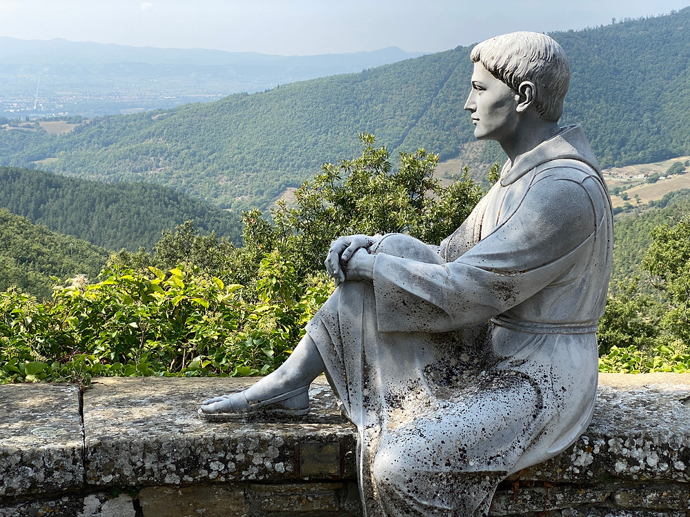 Statue of San Francesco - Tuscany © La Scheggia Holiday