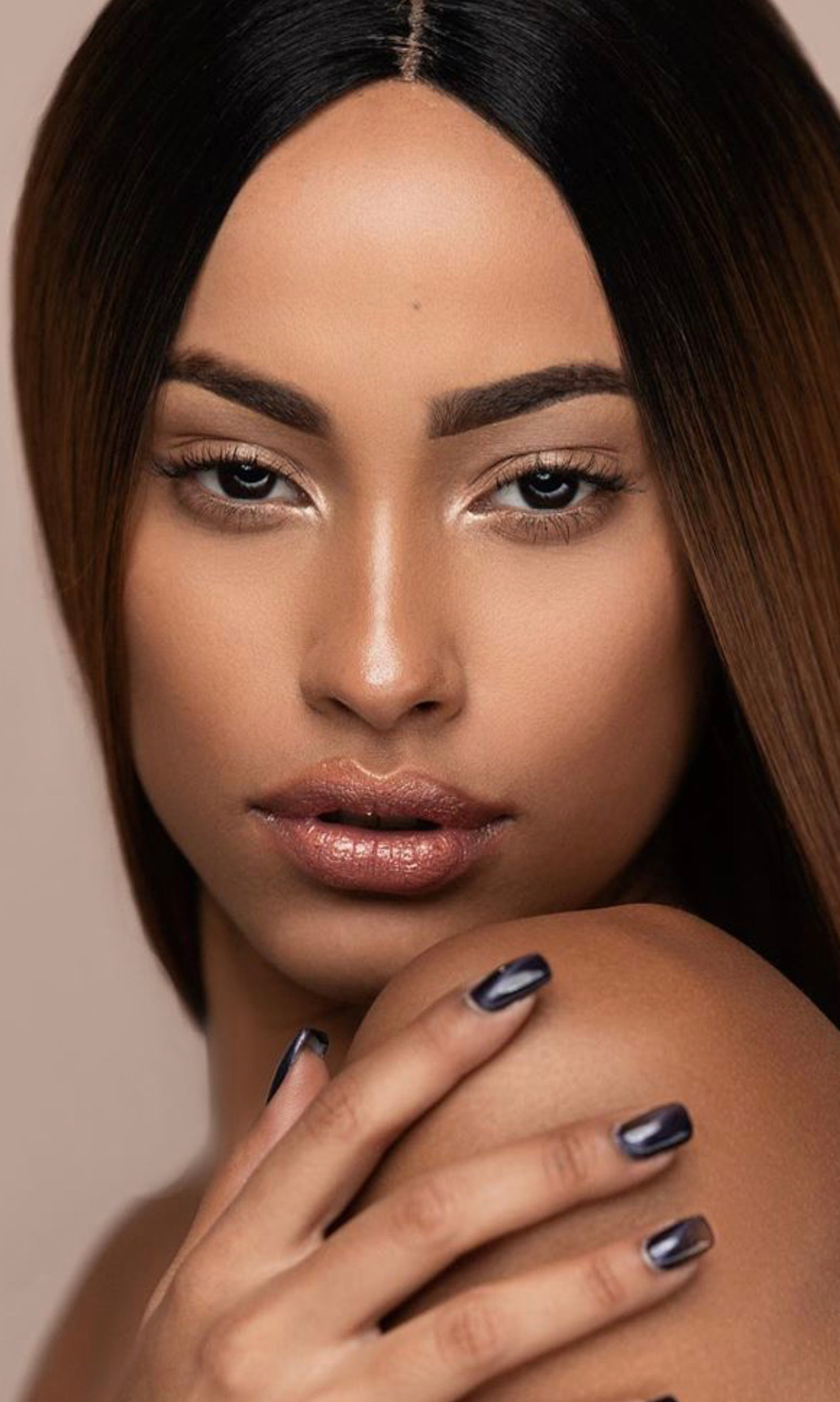 Studio L Natural Makeup application