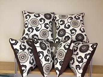 designer scatter cushions (2).JPG