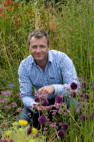 RHS Chelsea, an interview with Chris Beardshaw - The English Garden