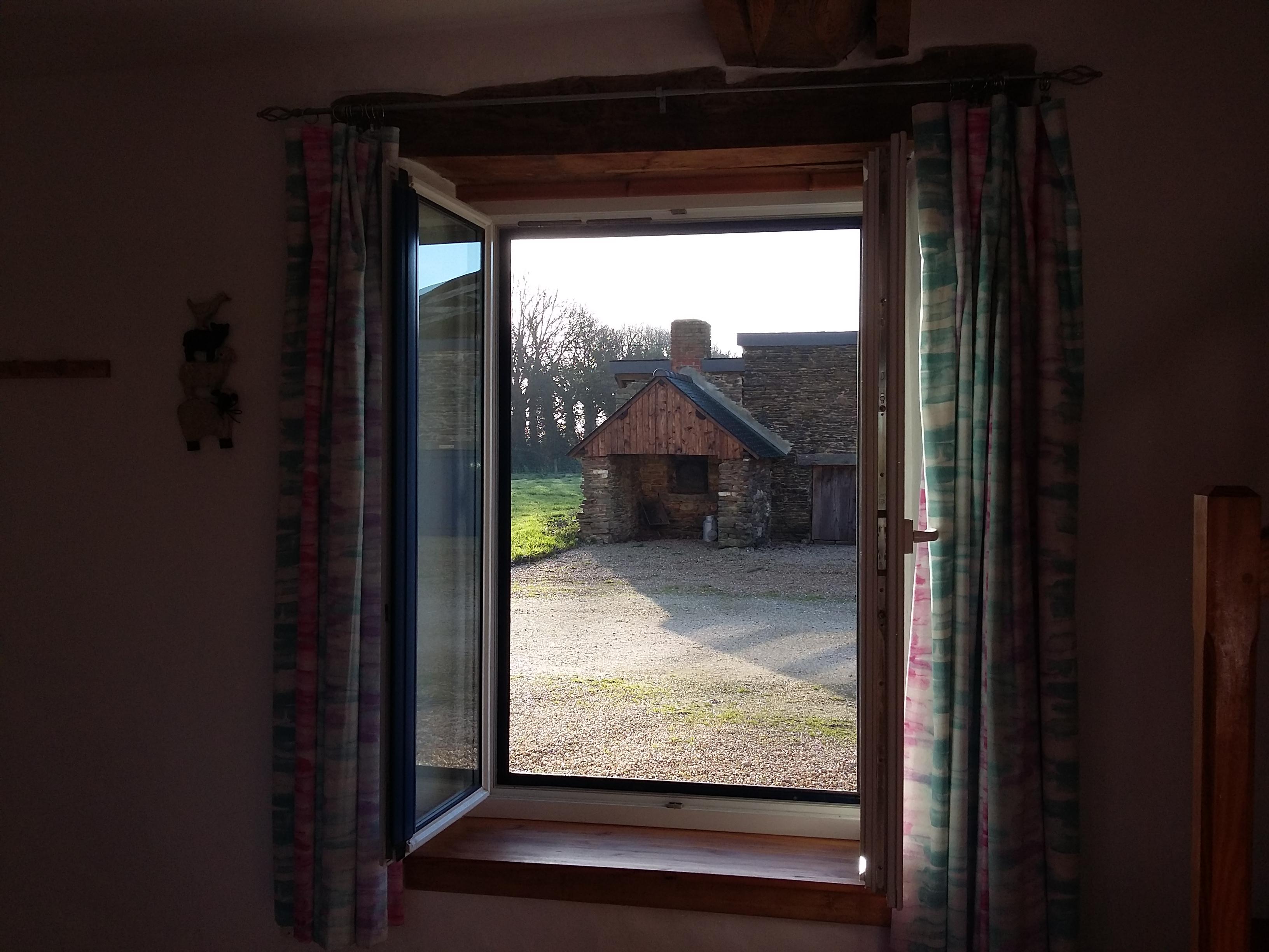 front view - petite grange