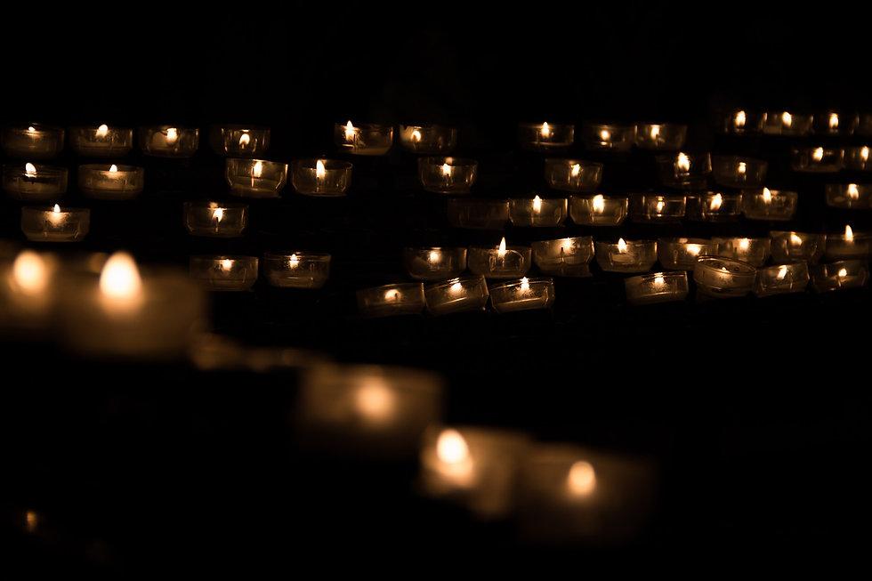 candle-1068946_1920.jpg