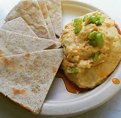 Hummus.Pita_2019.08.05.jpg
