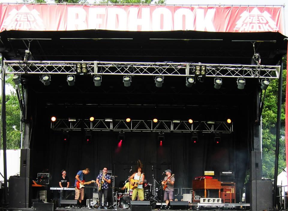Full Band Full Stage w Hookfest Banner.jpg