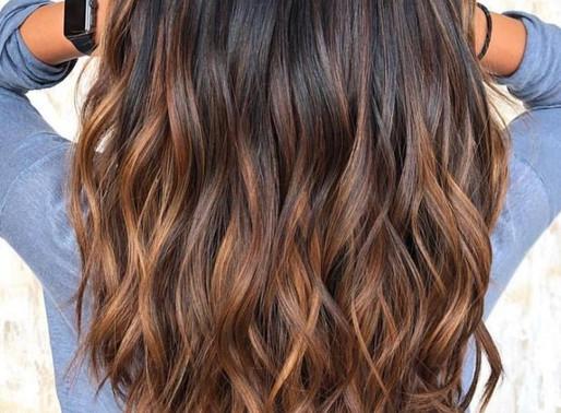 Sua cor de cor cabelo está alinhada com seu tom de pele?