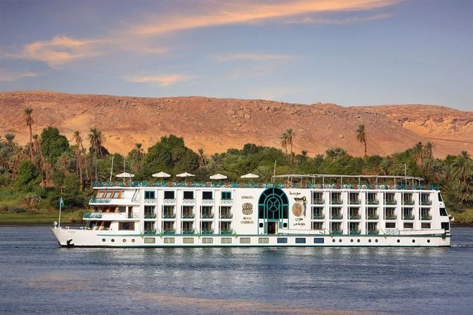 Nile cruise between Luxor and Aswan  |  Nijl cruise tussen Luxor en Aswan