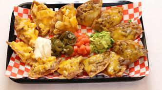 Chicken or Beef nachos