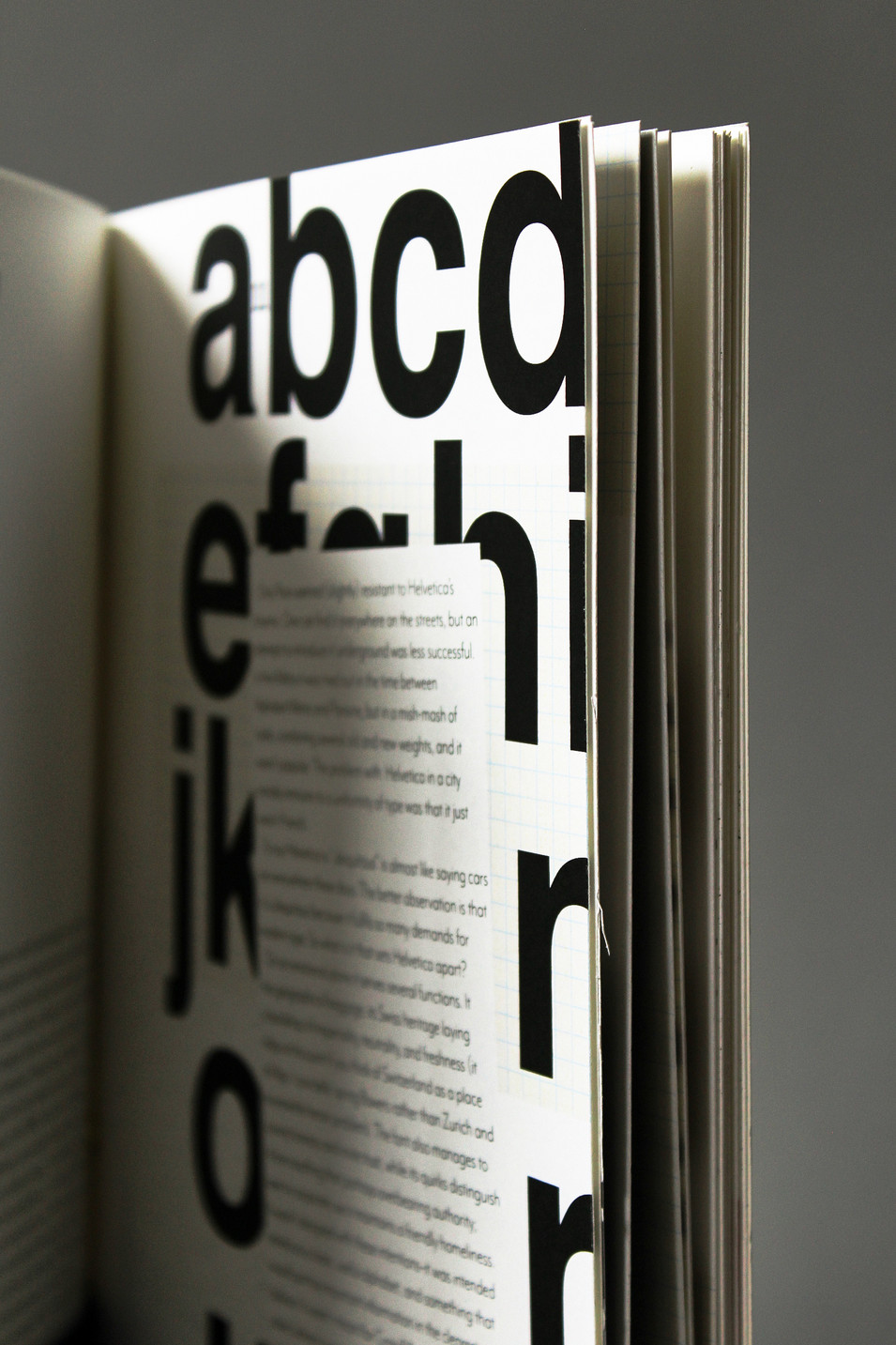 TYPOGRAPHY READER