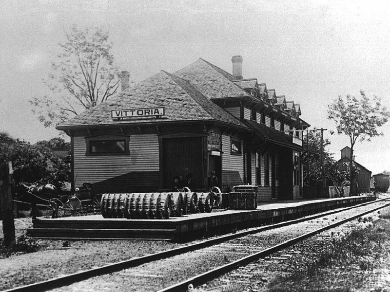 Vittoria train station circa 1910