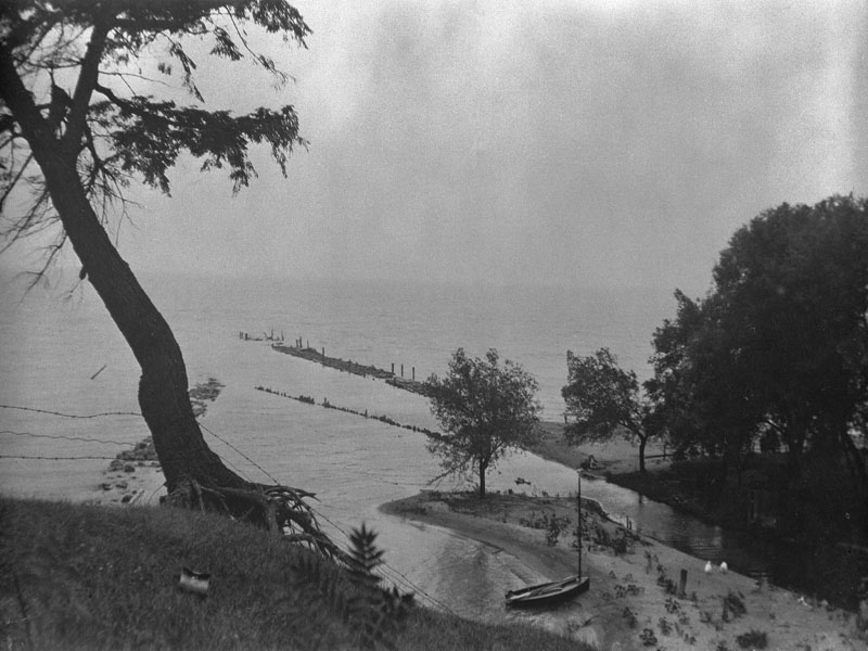 Port Ryerse piers circa 1925