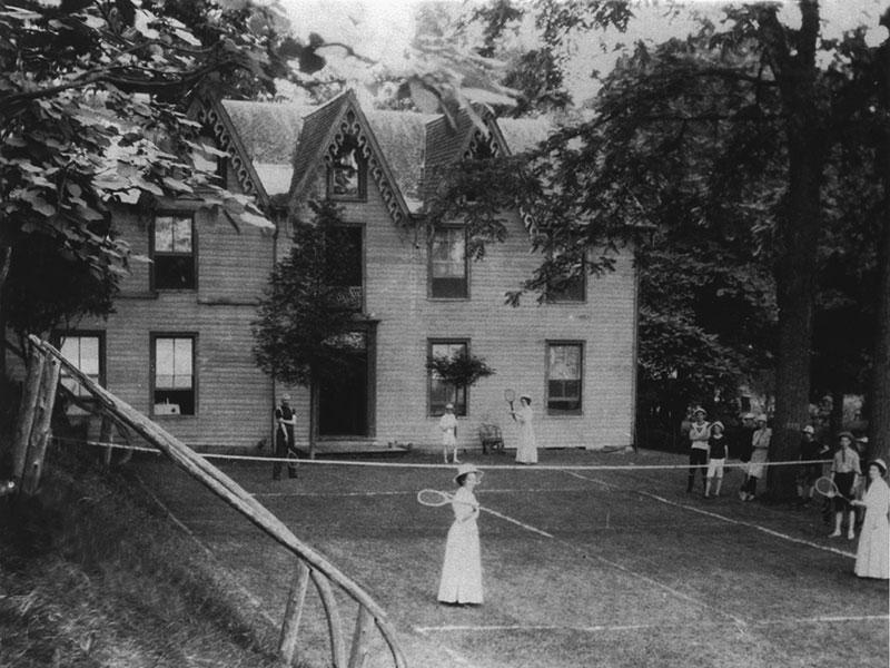 Lawn-tennis-Perthshire-Hotel-Fishers-Glen-circa-1890