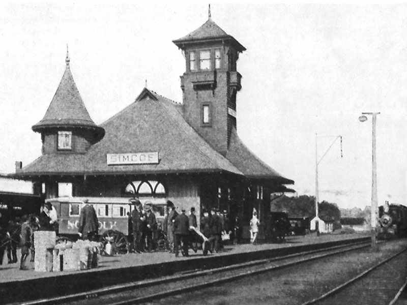 Air-Line-Station-Simcoe-looking-west-circa-1906