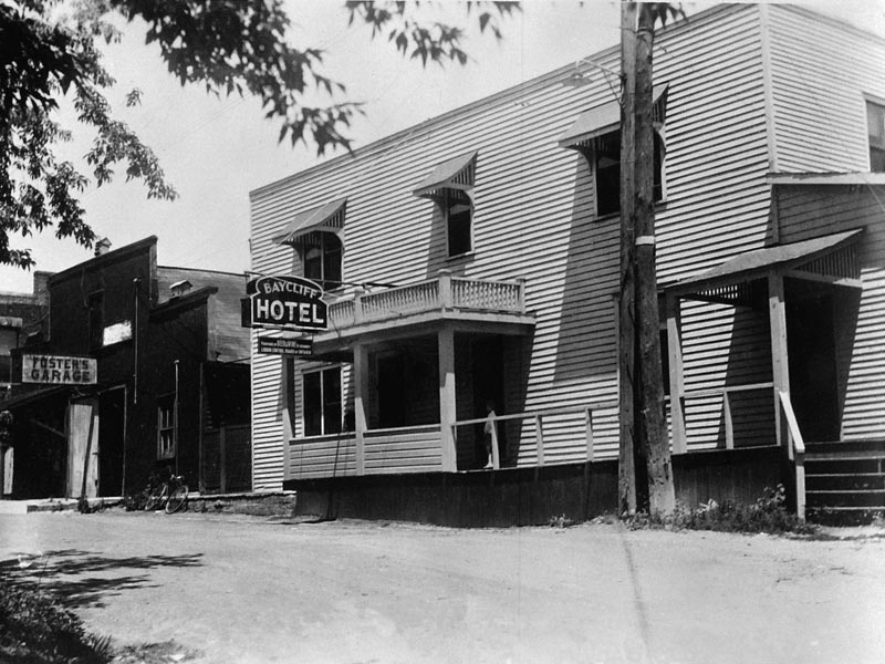 Bay-Cliff-Hotel-Port-Rowan-circa-1930-lg
