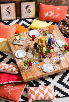 Floor Picnics To Upgrade Your Quarantine Meal Game