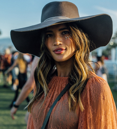 How To Take Glitter Strobing From Festival To Your Summer Beauty Routine
