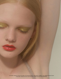 How To Recreate This Fall Beauty Look- Mustard Eyeshadow & Coral Lips