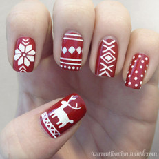 7 Holiday Nails That Are Santa-Approved