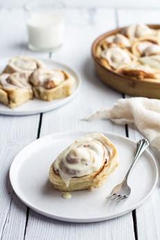 Eggnog Cinnamon Rolls Make For The Perfect Christmas Morning