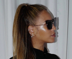 Get Your Celeb-Status Glow On With These Highlighters