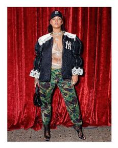 Cop Rihanna's F/W18 Gucci Look