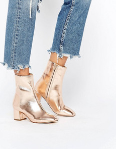 9 Metallic Pieces You'll Wear All Holiday Season Long