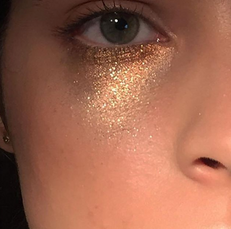 This Subtle Summer Sparkle Makeup Look Is Easy To Recreate
