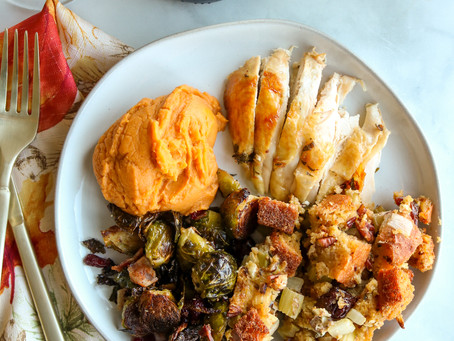 Simple Thanksgiving Menu for 4-6 with prep plan