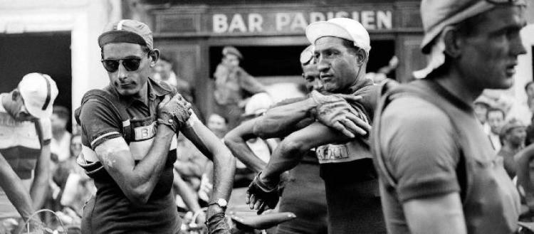 Coppi e Bartali si preparano alla sfida del Giro della Rinascita 1946