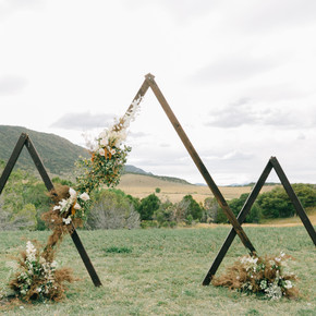 Moody Blues: An Elegant Colorado Mountain Wedding