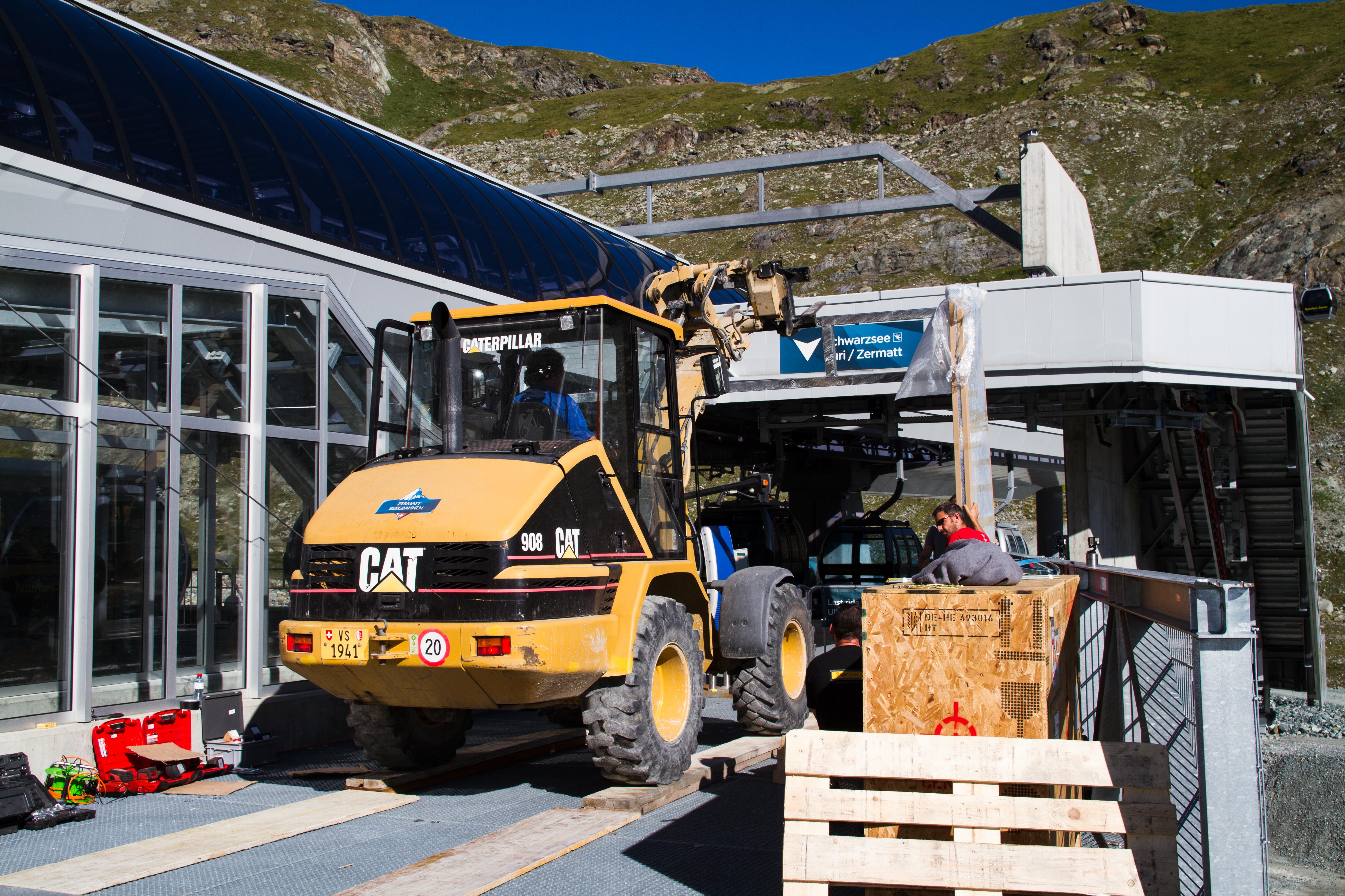 Richnerstutz AG | InfoScreen Zermatt