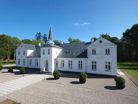 Ravnholtgård