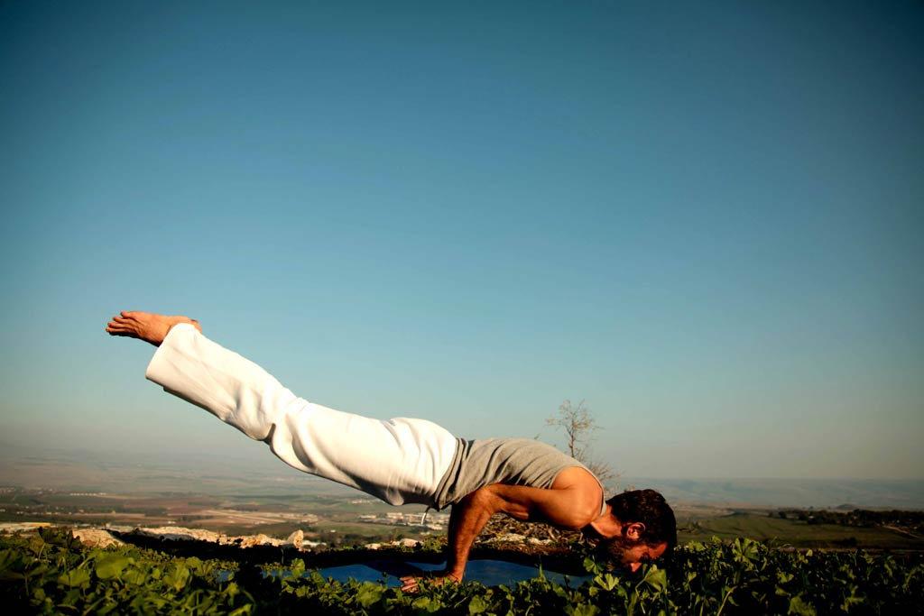 Hatha Yoga Donnerstag 18.00 Uhr