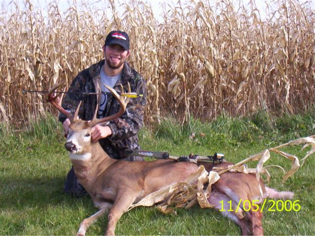 22609-12 pointer buck 001 640x480