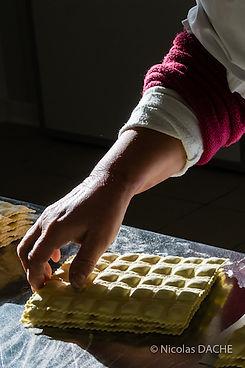 fabrication-artisanale-ravioles.jpg