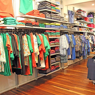 IDYL SHOP INTERNAL VIEW (1).JPG