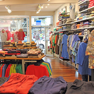 IDYL SHOP INTERNAL VIEW (3).JPG