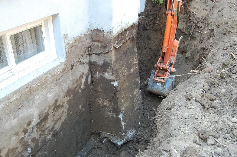 solage de maison good membrane de drainage sur murs de. Black Bedroom Furniture Sets. Home Design Ideas