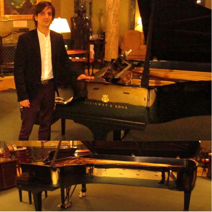 Hace un rato petit concert en New York para el consulado, que pianito!!!