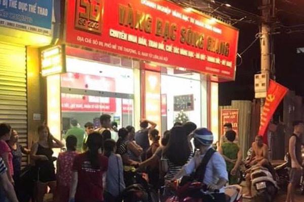 Tiệm vàng bạc Sông Giang bị cướp. |JP88
