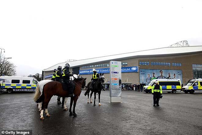 Giới cảnh sát sẽ hỗ trợ để Ngoại hạng Anh sớm trở lại. |JP88