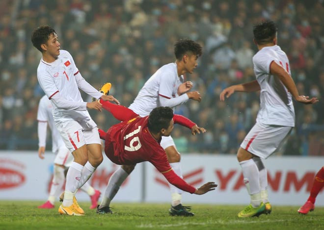 Thầy Park cho rằng các cấp độ đội tuyển quốc gia đang thiếu tiền đạo đẳng cấp
